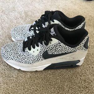 Nike air max cheetah print